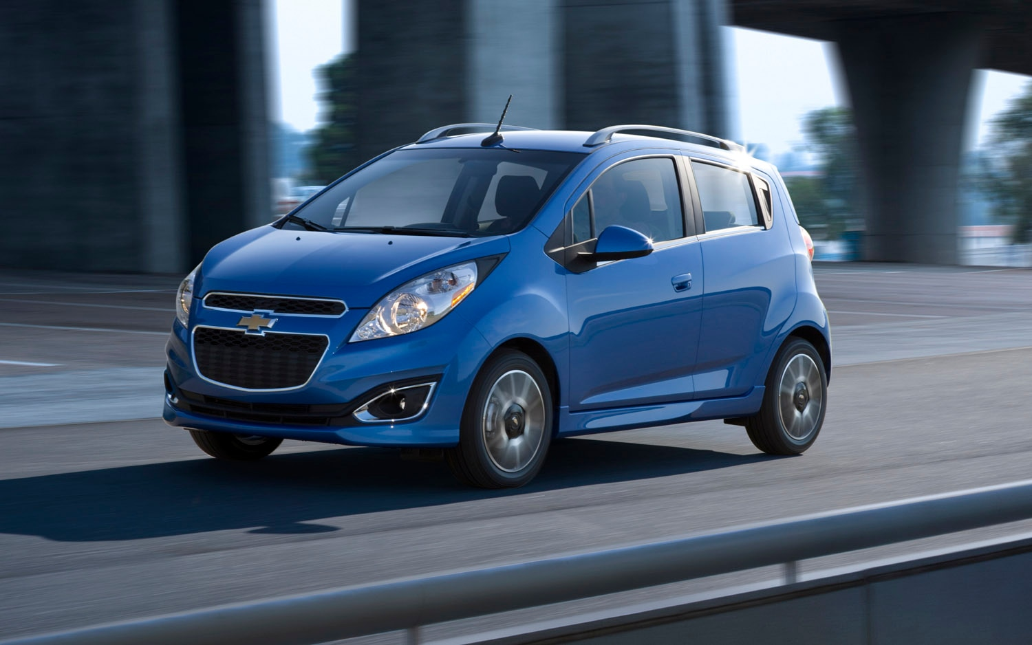 2013 Chevrolet Spark Front Three Quarter1