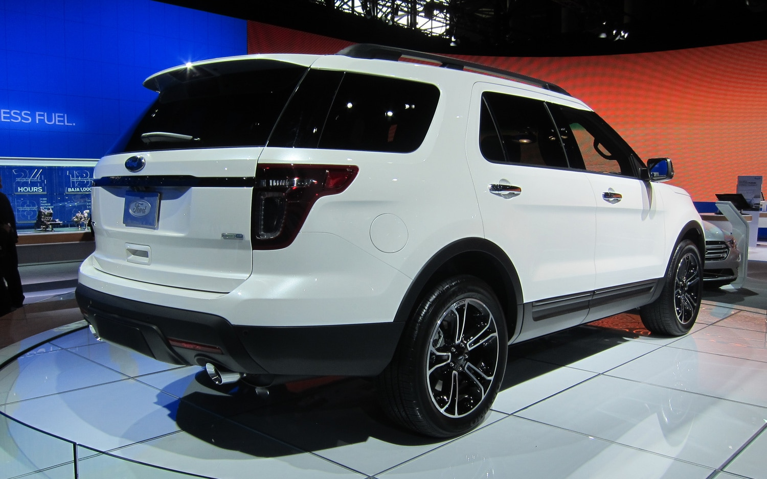new york 2012 2013 ford explorer sport is a driving enthusiast 39 s car. Black Bedroom Furniture Sets. Home Design Ideas
