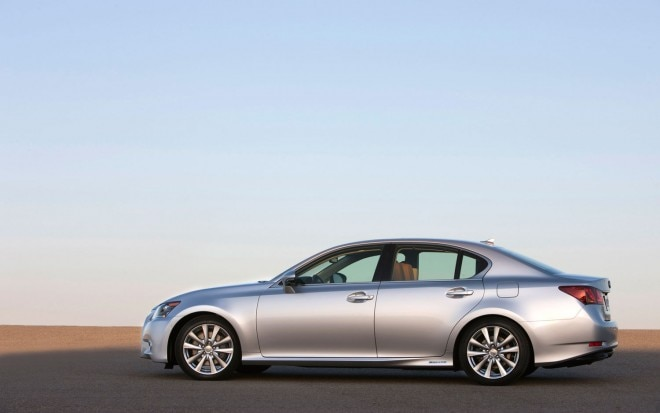 2013 Lexus GS 450h Profile1 660x413
