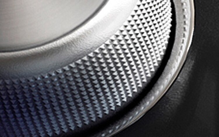 2013 Ram 1500 Teaser Interior Disc1