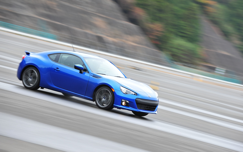 2013 Subaru BRZ Motion View1