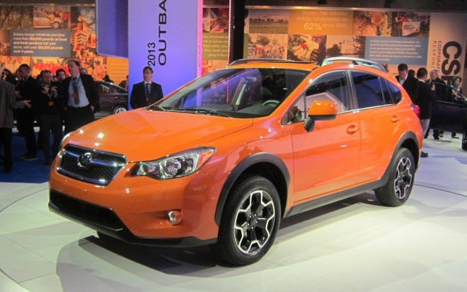 2013 Subaru XV Crosstrek Front Three Quarter11 660x413