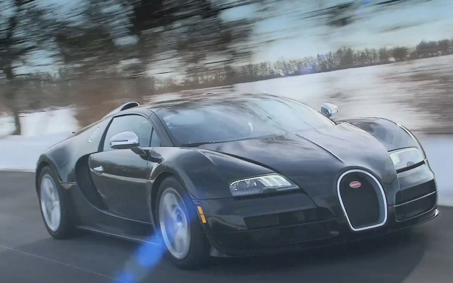 Bugatti Veyron Grand Sport Vitesse Front Three Quarter View In Motion 21