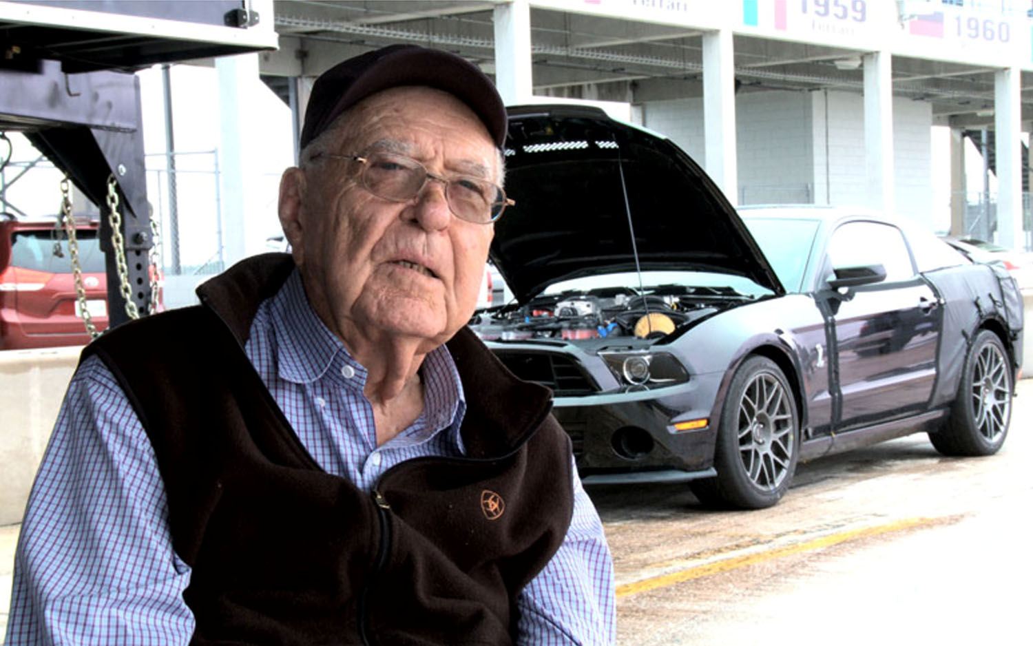 Carroll Shelby With GT5001