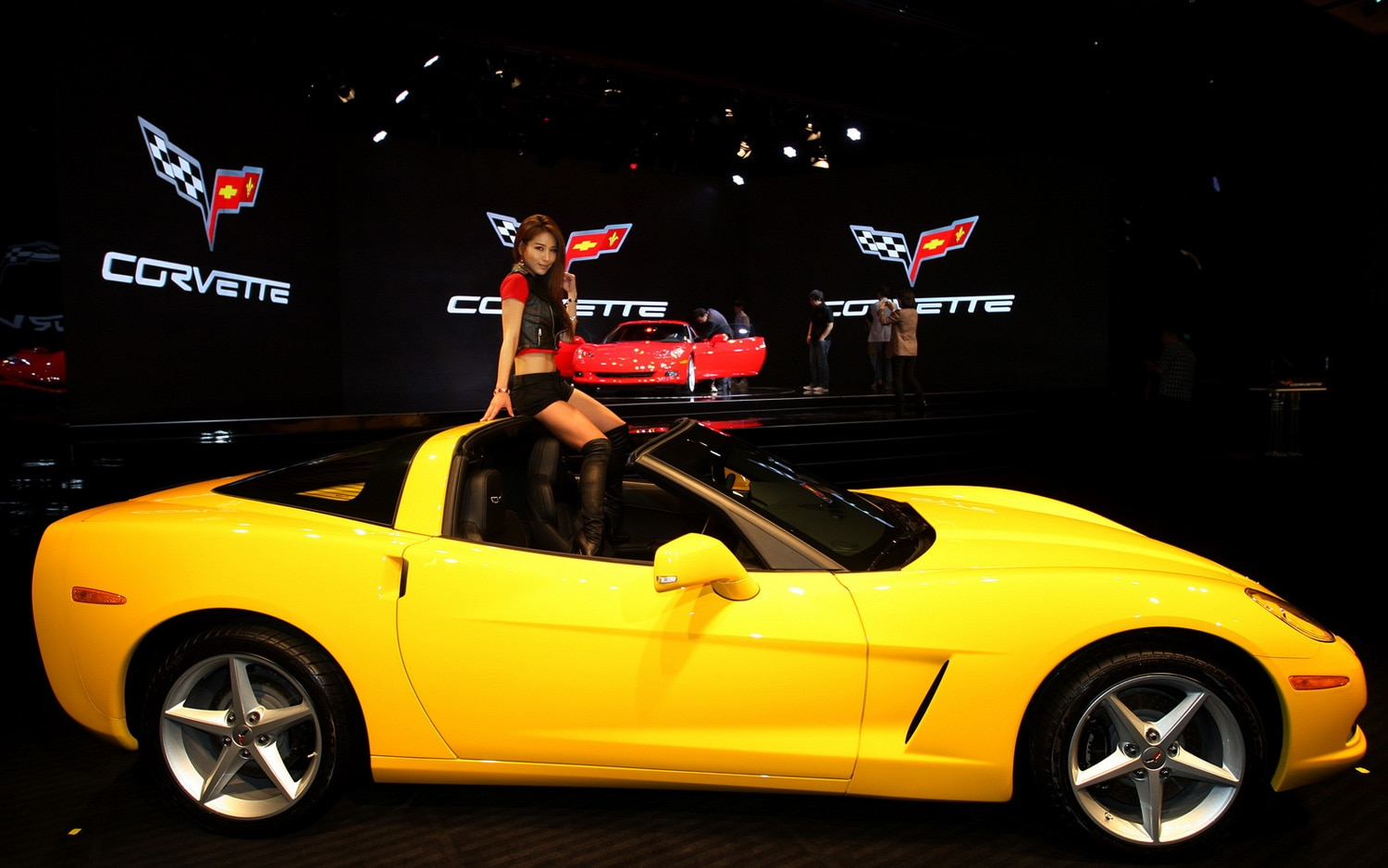 Chevrolet Corvette Launch In Korea Profile1
