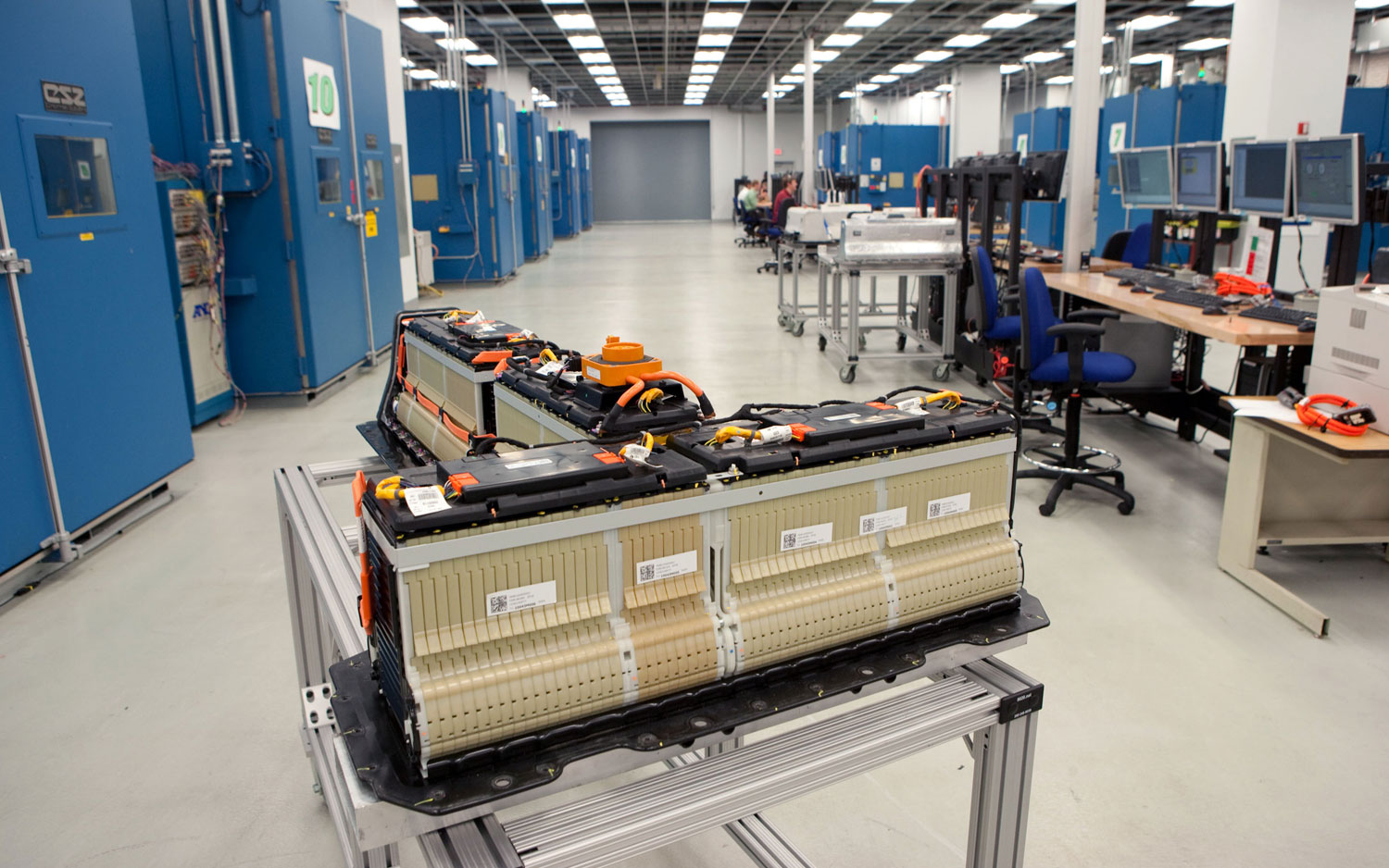Chevrolet Volt Battery Pack In GM Battery Laboratory1