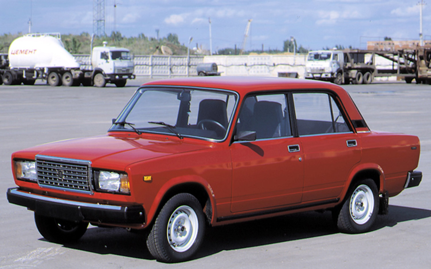 Lada Riva Front Three Quarter Red1