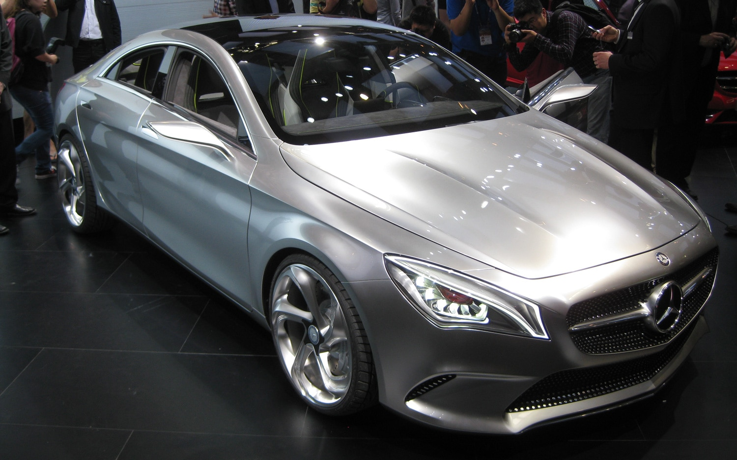 Mercedes Benz Concept Style Coupe Front Three Quarter12