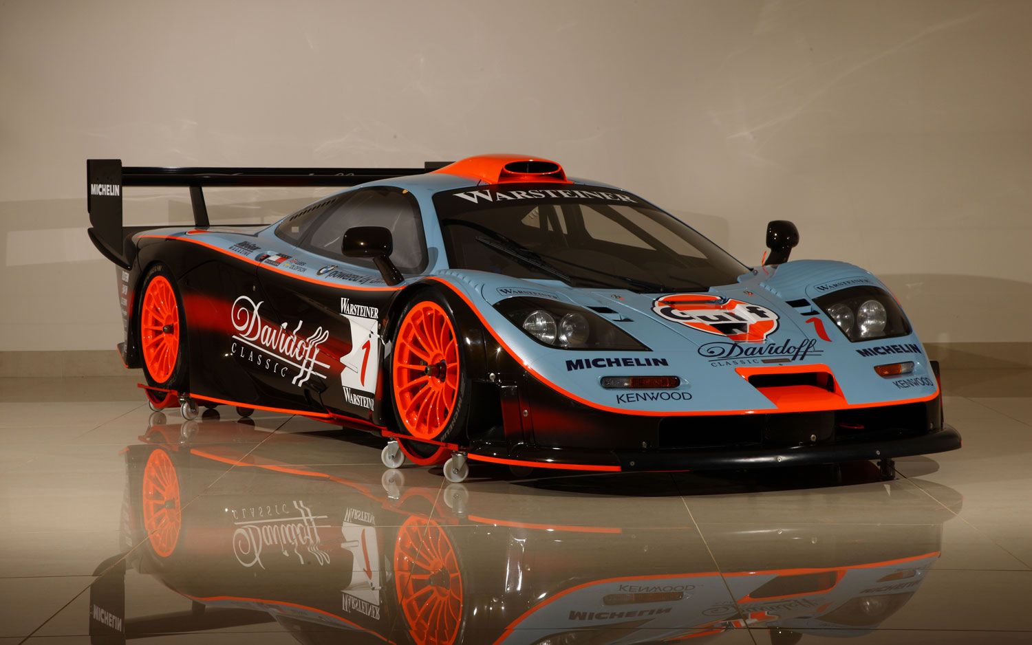 Ex GTC Gulf Team Davidoff 1997 McLaren F1 GTR Longtail FIA GT Endurance Racing Coupe Front Right 11