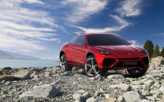 Lamborghini Urus Front Right Side View1 660x413