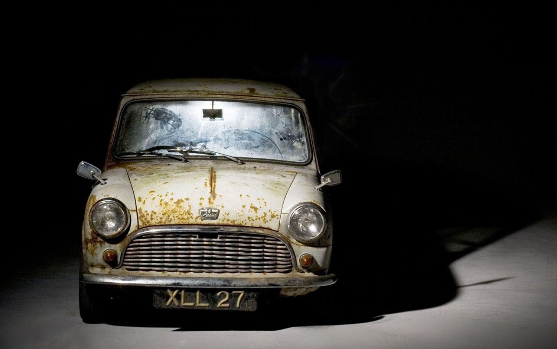 1959 Austin Mini Se7en De Luxe Front View1