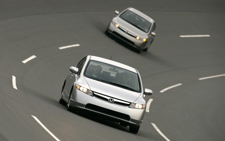 2006 Honda Civic Hybrid Front1
