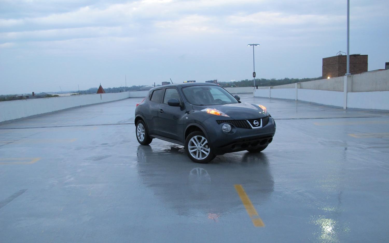 2011 Nissan Juke SV FWD M T
