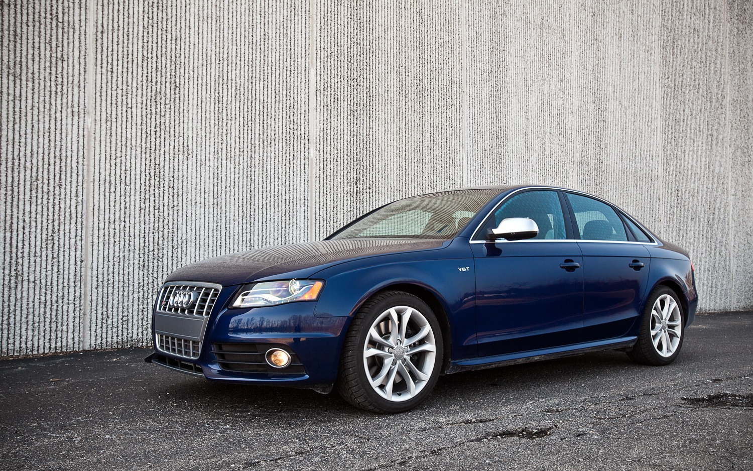 2012 Audi S4 Front Left Side View2