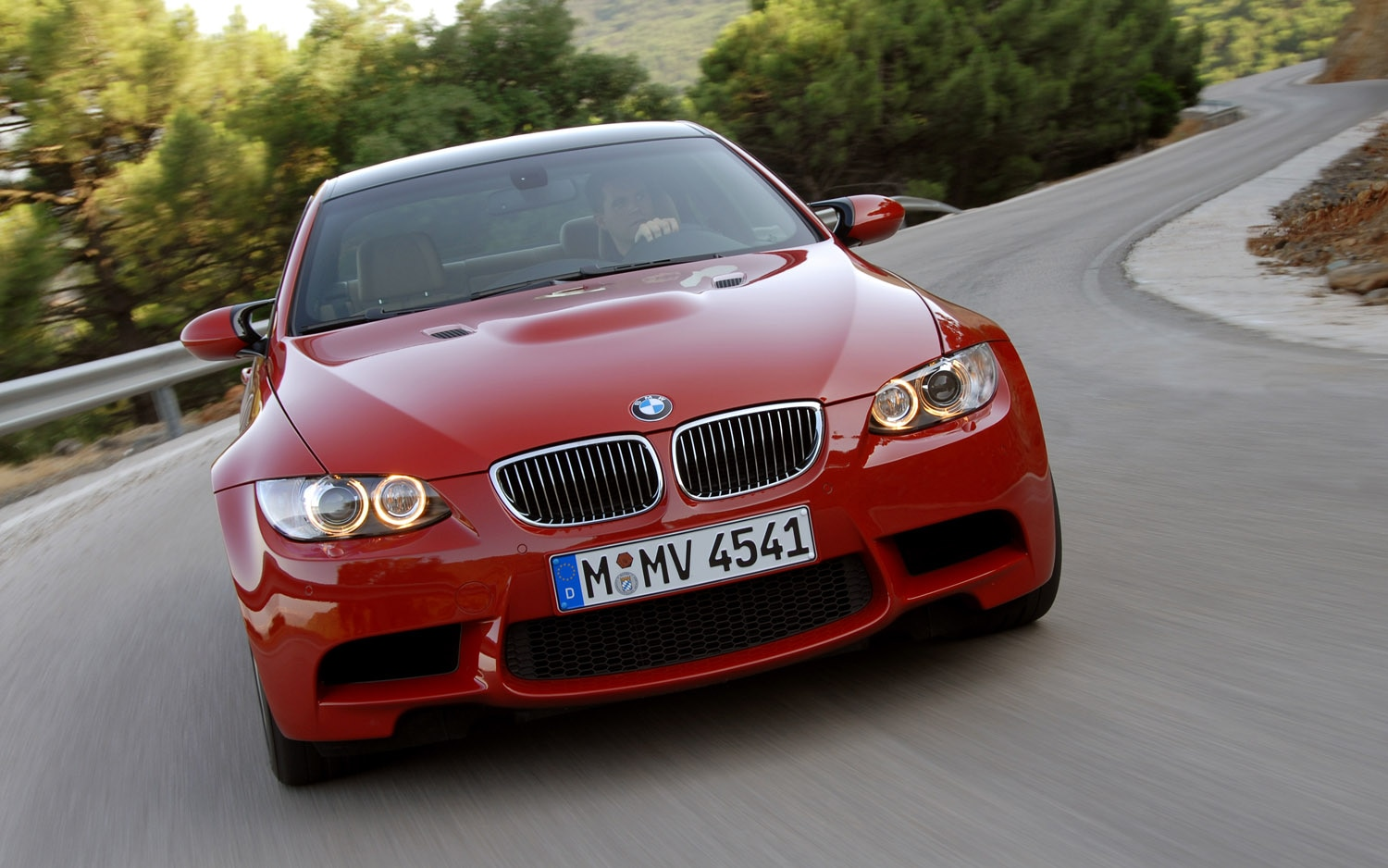 2012 BMW M3 Coupe Front View1
