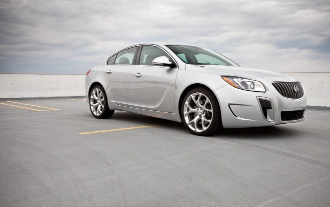 2012 Buick Regal GS Front Right Side View1 660x413