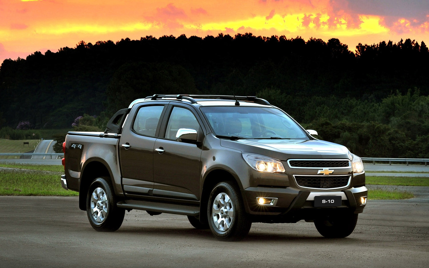 2012 Chevrolet S 10 Front Three Quarter 51