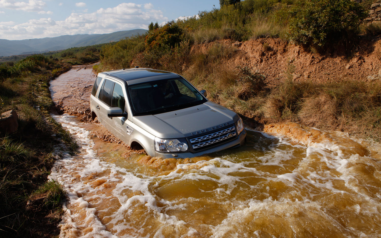 2012 Land Rover Freelander 2 Right Froint Stream 11