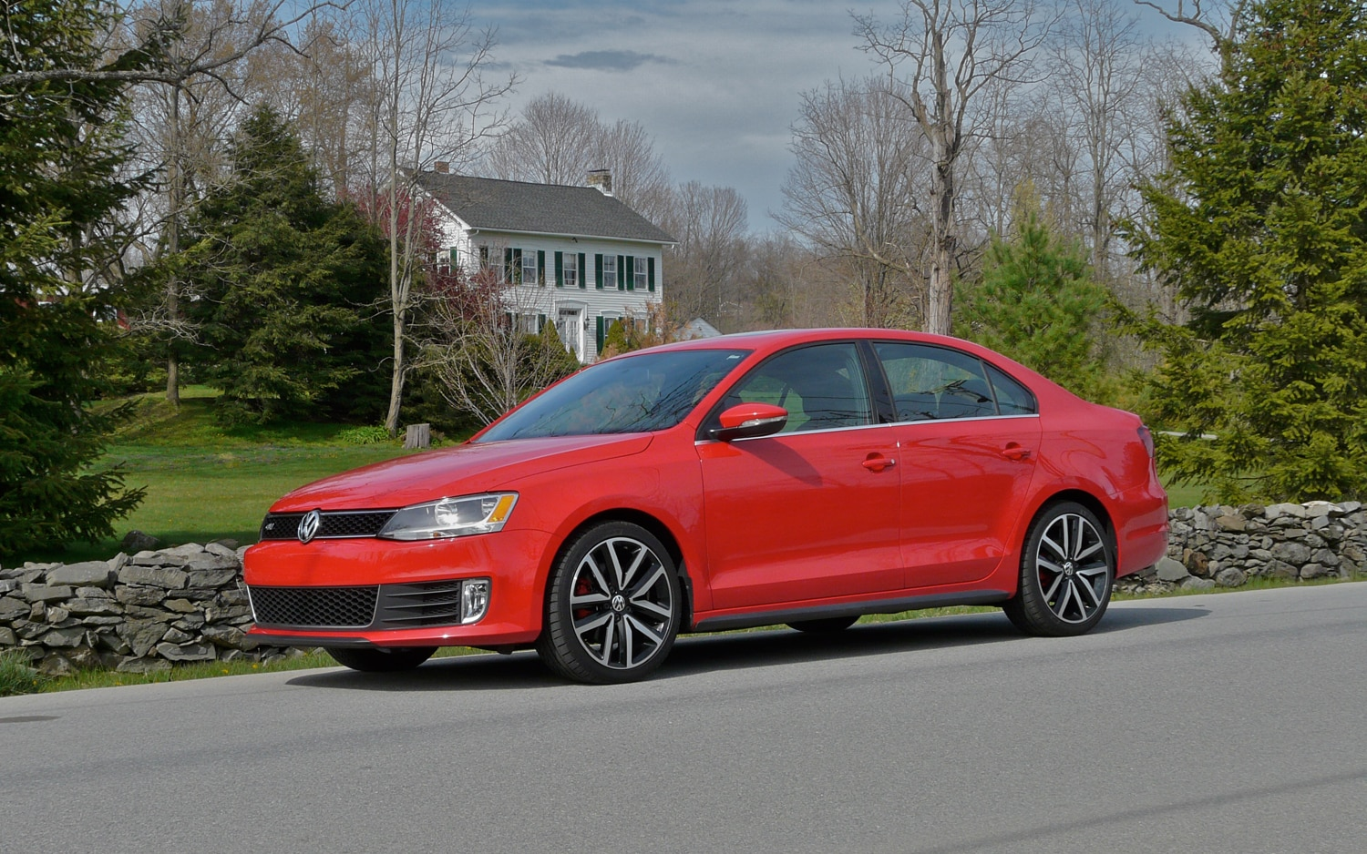 2012 Volkswagen Jetta GLI Front Left Side View1
