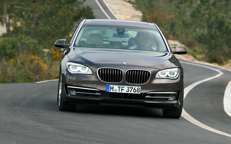 2013 BMW 7 Series Exterior Rear Quarter Brown1