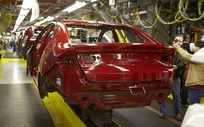 2013 Dodge Dart Production Exterior 21 660x413