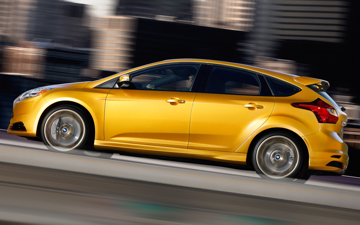 2013 Ford Focus ST Profile1