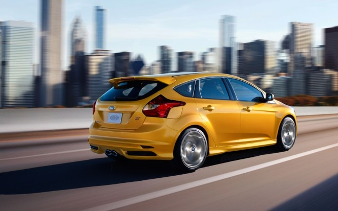 2013 Ford Focus ST Rear Three Quarter 660x413