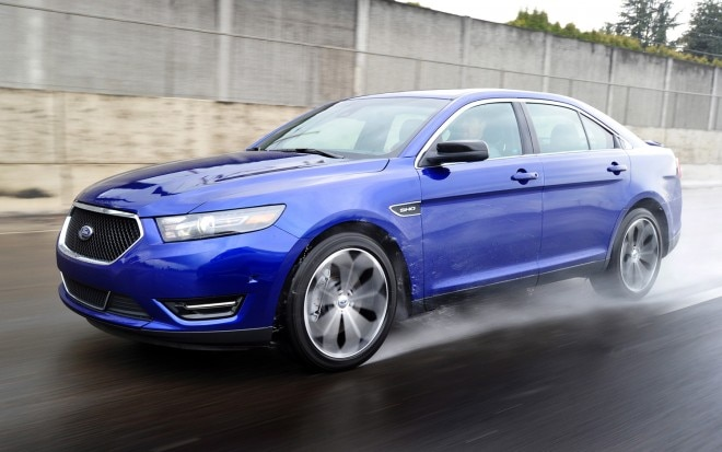 2013 Ford Taurus SHO Front Three Quarters In Motion1 660x413