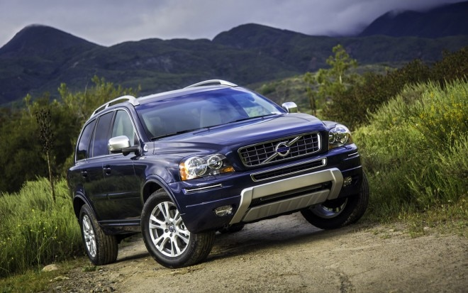 2013 Volvo XC90 Front Three Quarter 211 660x413