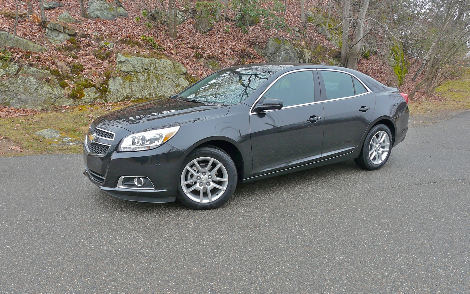 2013 Chevrolet Malibu Eco Front Left Side View1