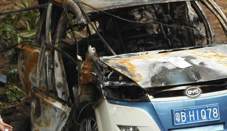 BYD E6 Taxi Post Crash1