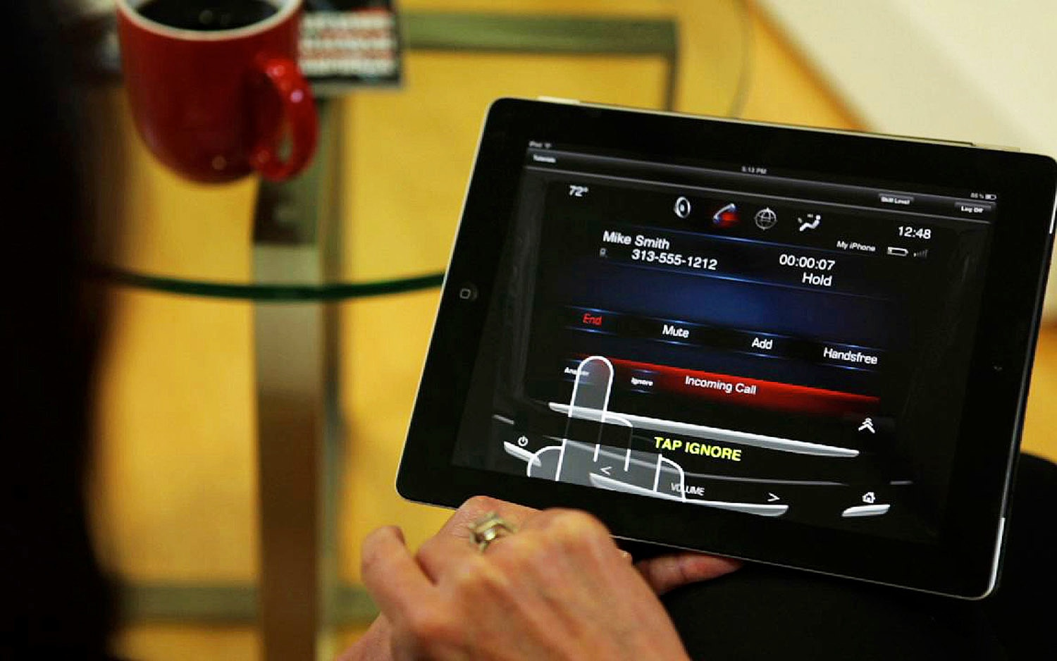 Cadillac CUE IPad Application 11