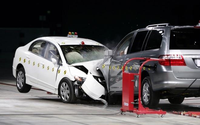 Honda Civic Vs Odyssey Crash Test 660x413