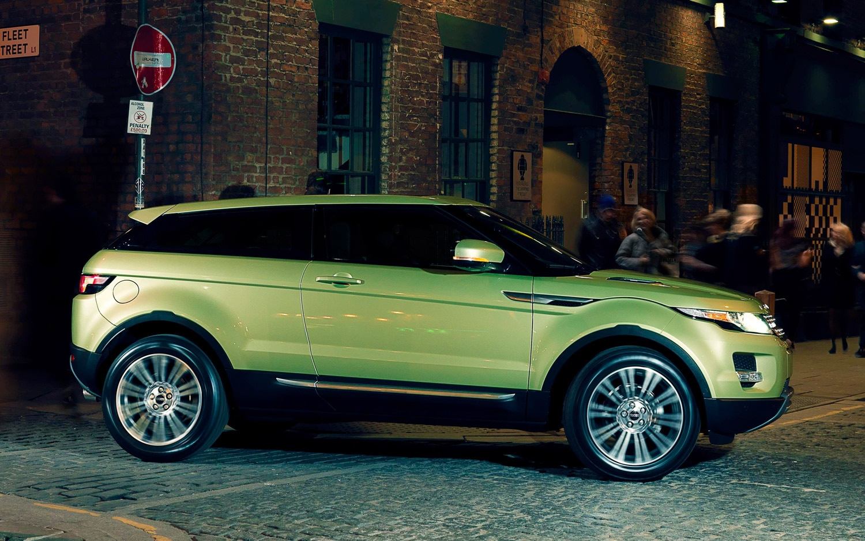 Land Rover Range Rover Evoque Profile Street1