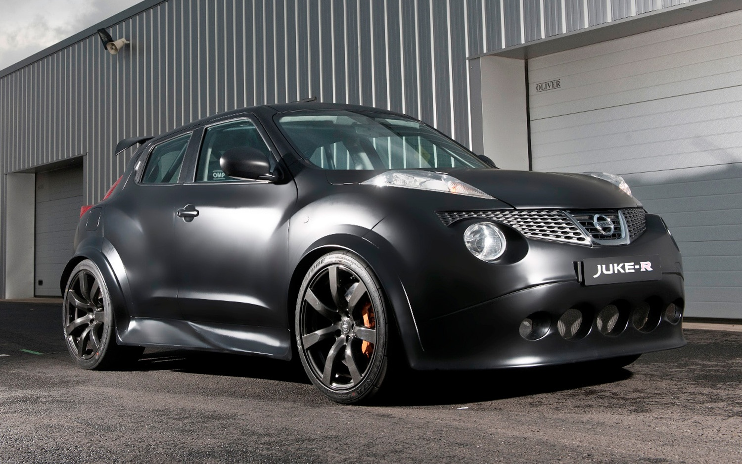 confirmed wild nissan juke r entering limited production. Black Bedroom Furniture Sets. Home Design Ideas