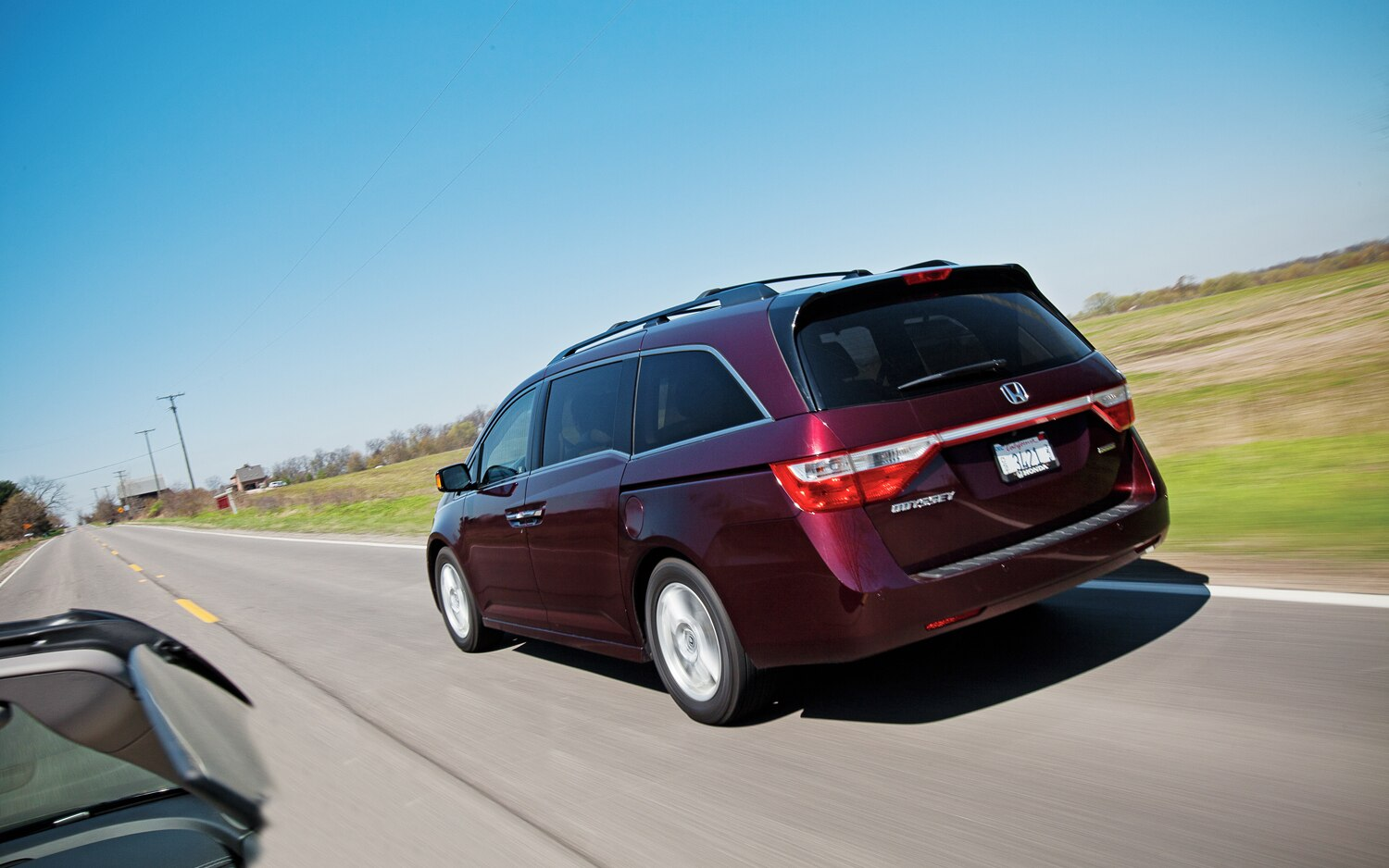 Honda Odyssey Roof Rack >> 2011 Honda Odyssey Touring Elite - Four Seasons Wrap-Up ...