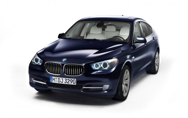 2012 BMW 5 Series GT Front Three Quarter 21 660x413