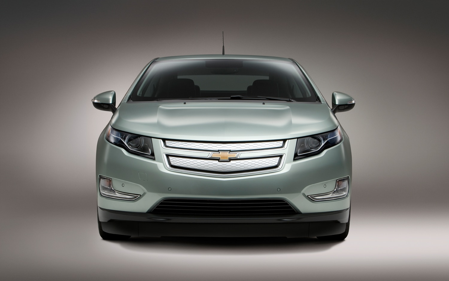 2013 chevrolet volt now rated at 38 miles of electric range 98 mpge by epa. Black Bedroom Furniture Sets. Home Design Ideas