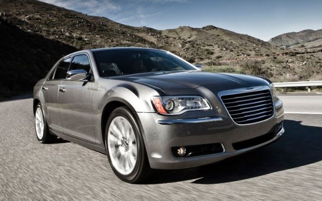 2012 Chrysler 300 Front Three Quarter1 660x413