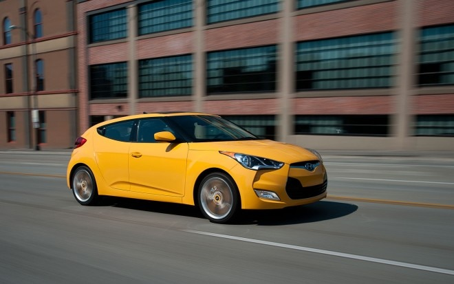 2012 Hyundai Veloster Yellow Right Front 11 660x413