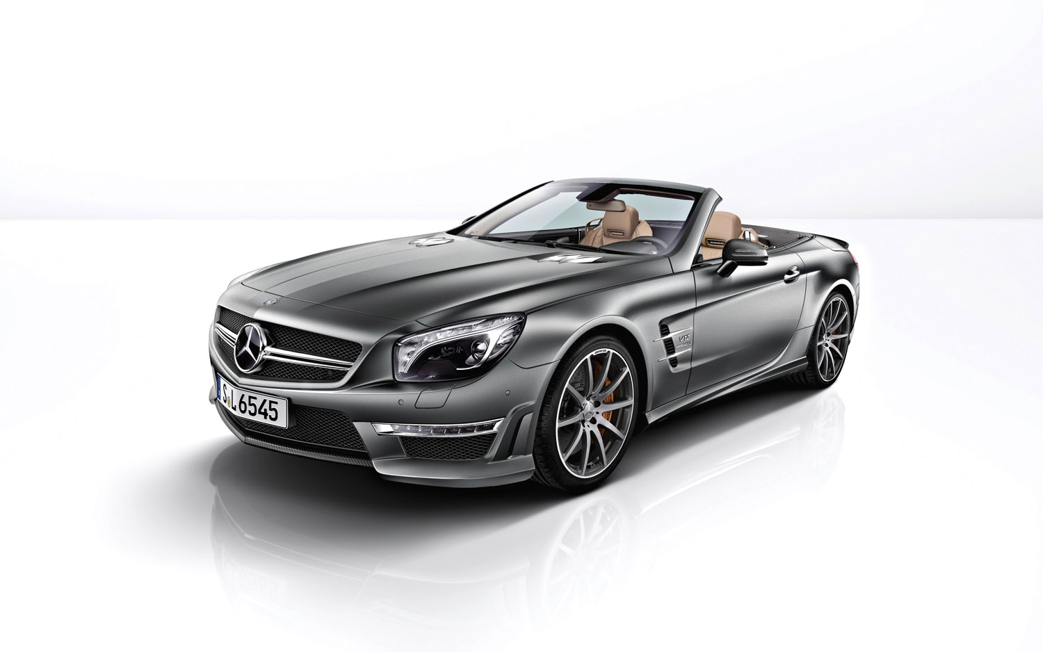 2012 Mercedes Benz SL65 AMG Front Three Quarter1