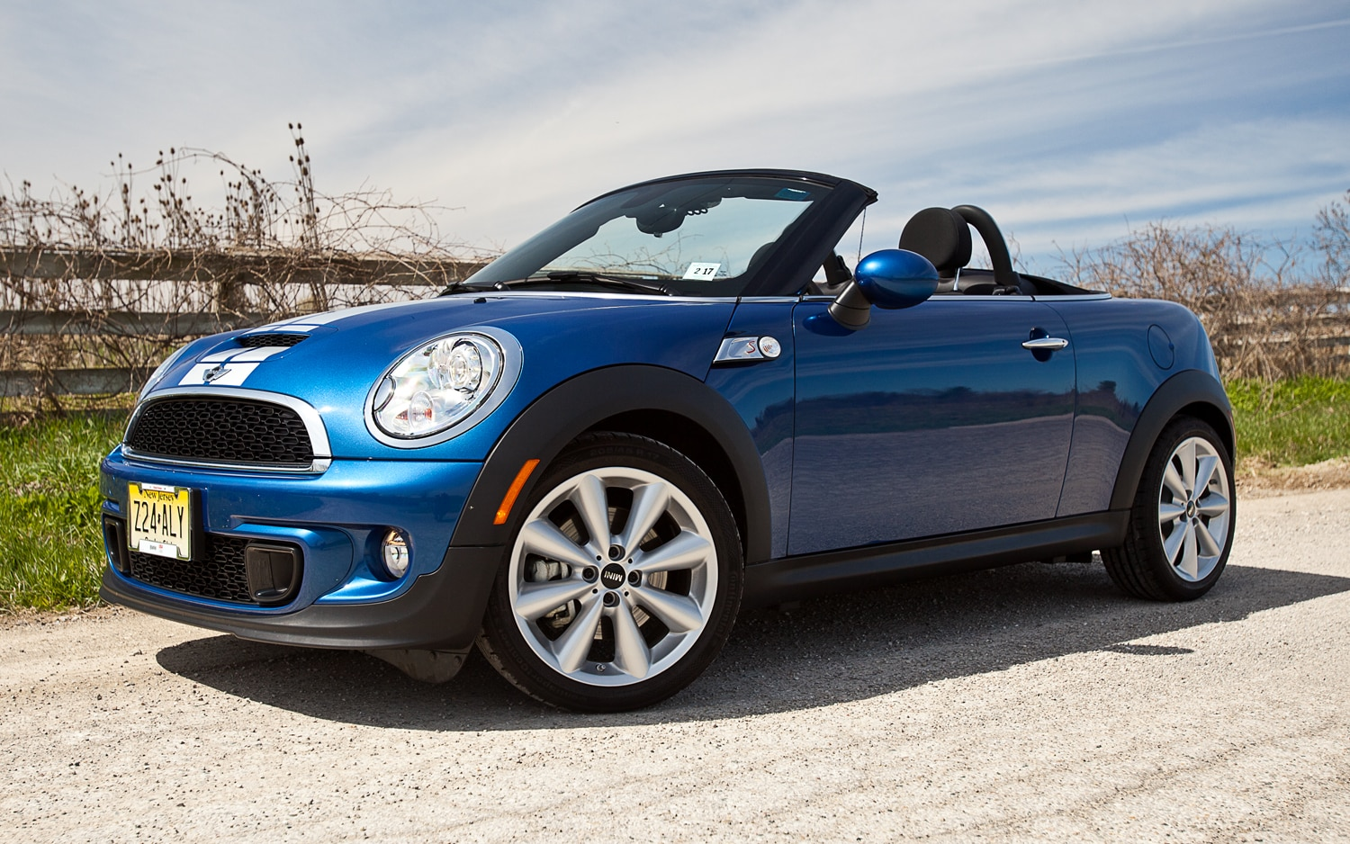 2012 mini cooper s roadster editors 39 notebook. Black Bedroom Furniture Sets. Home Design Ideas