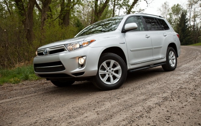 2012 Toyota Highlander Hybrid Front Left Side View1 660x413