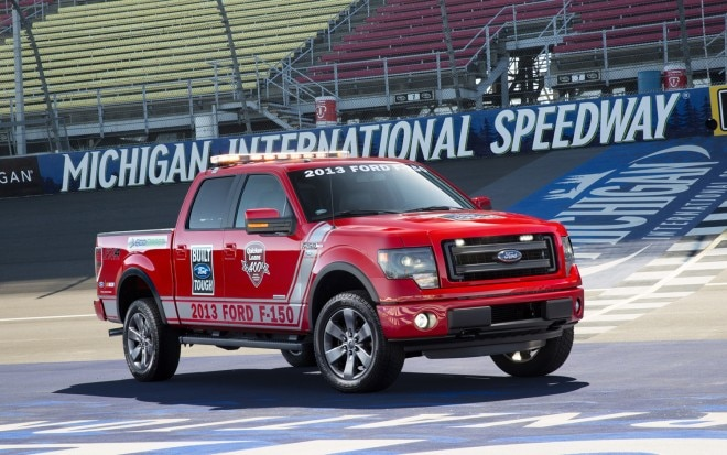 2013 Ford F 150 FX4 Front Three Quarter Pacecar1 660x413