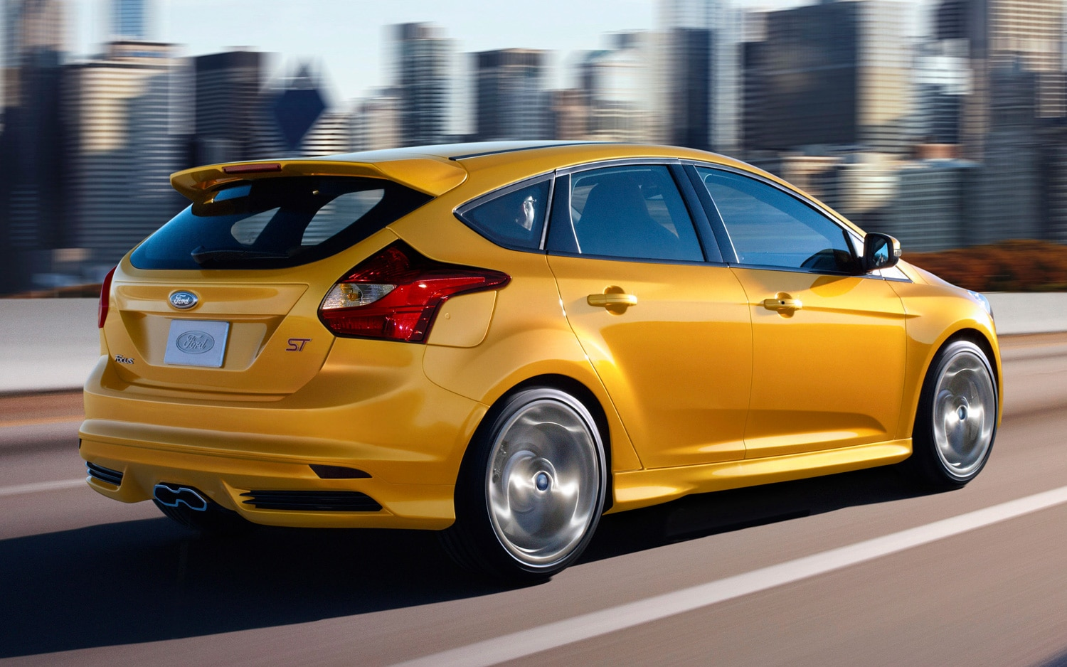 2013 Ford Focus ST Rear Three Quarter 11