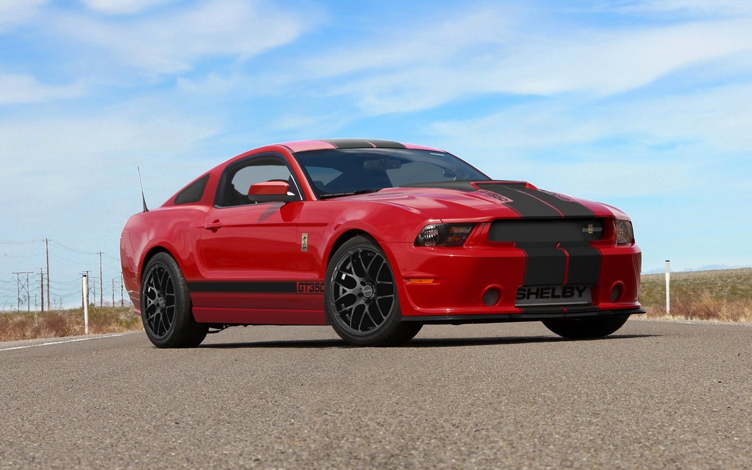 2013 Shelby GT350 Coupe Front Three Quarter1