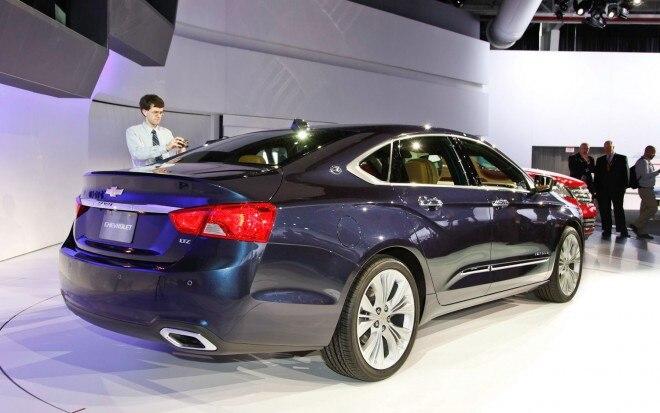 2014 Chevrolet Impala Right Rear Angle1 660x413