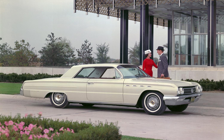 Buick Electra 225 Front Three Quarter1