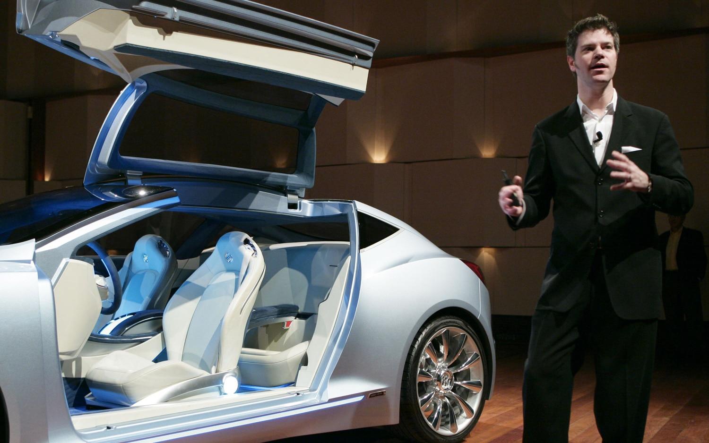 David Lyon Of GM Design 21