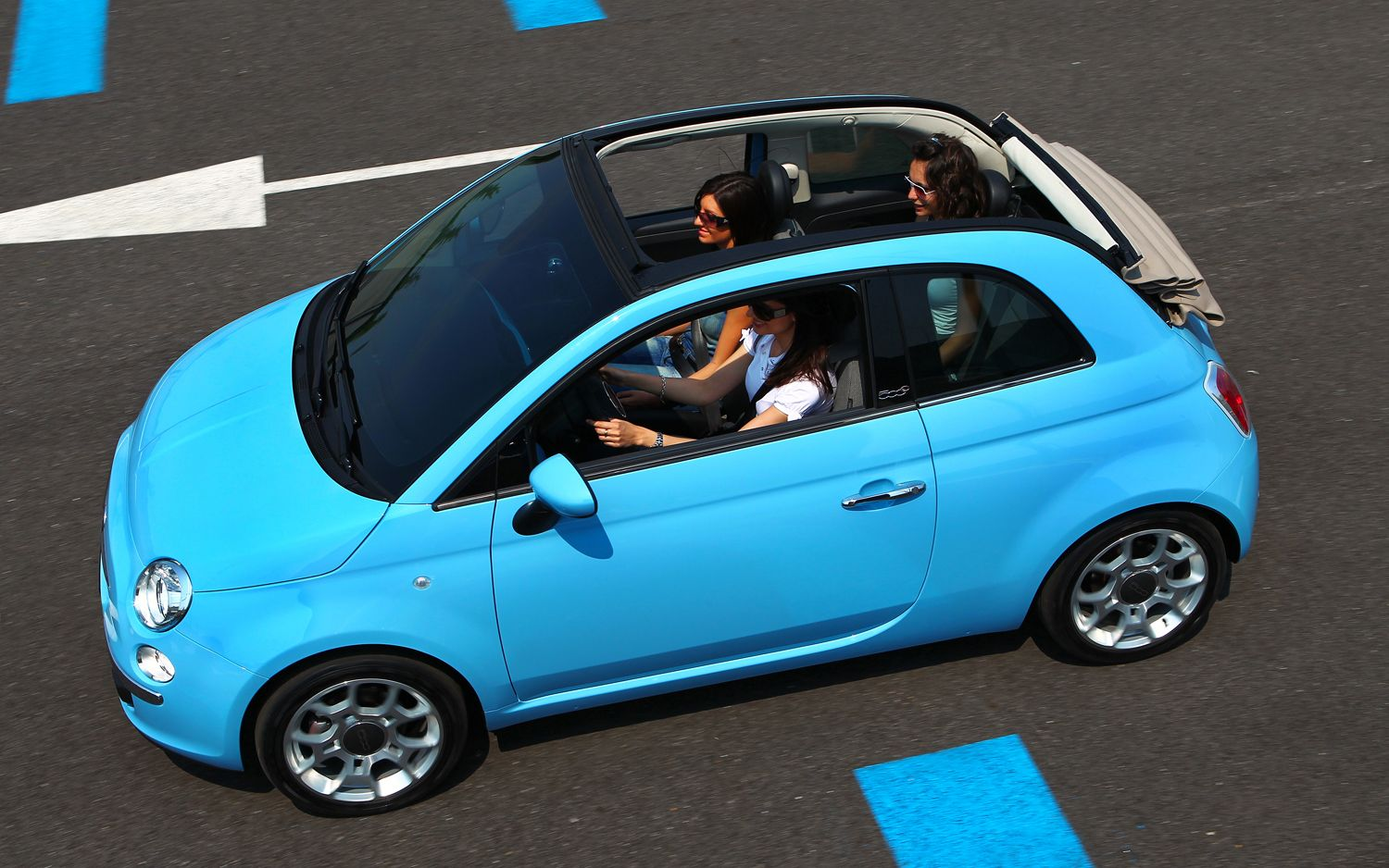 Fiat 500 Convertible Top View1